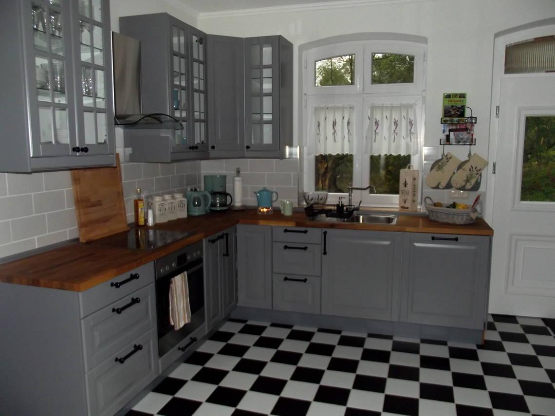 ferienhaus 2 6 personen in wootz ferienwohnung an der elbe mit w lan elbferienhaus. Black Bedroom Furniture Sets. Home Design Ideas